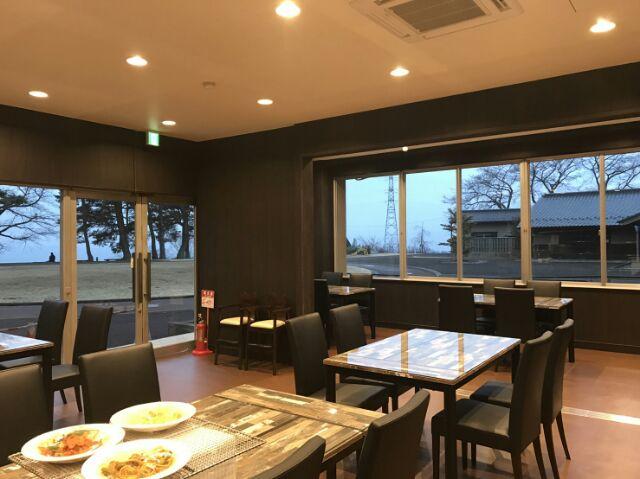 크리에이트시바타 돌가마 피자와 규탄의 레스토랑 라포루노모리